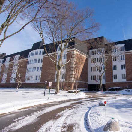 Rent this 2 bed condo on Lake Boulevard in Buffalo Grove, IL 60089