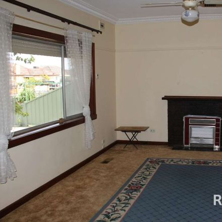 Rent this 3 bed house on 36 Metherall Street