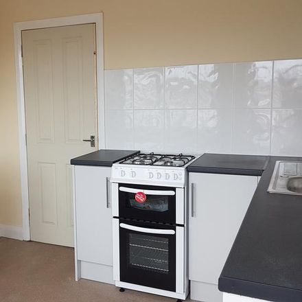 Rent this 1 bed apartment on The gift box in 318 Marfleet Lane, Hull HU9 5AQ