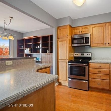 Rent this 2 bed condo on East Sigwalt Street in Arlington Heights, IL 60005