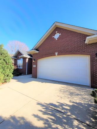 Rent this 4 bed house on 10349 Sutton Place in Munster, IN 46321