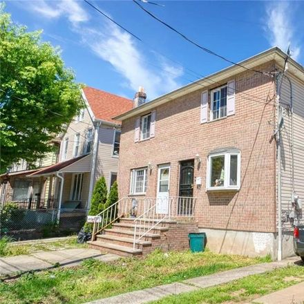 Rent this 2 bed house on 185 Market Street in New York, NY 10310