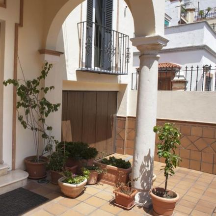 Rent this 3 bed house on Cruzcampo in Avenida El Greco, Seville