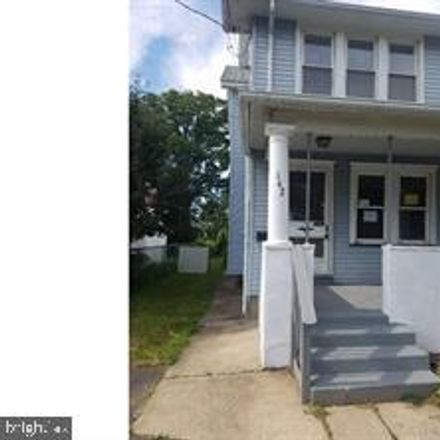 Rent this 3 bed townhouse on 142 West Federal Street in Burlington City, NJ 08016