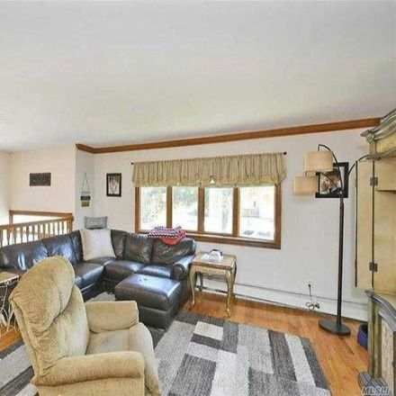 Rent this 4 bed house on 9 Pumpkin Street in Commack, NY 11731