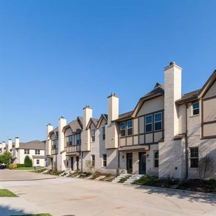 Rent this 2 bed condo on 8708 Tudor Place in Dallas, TX 75228