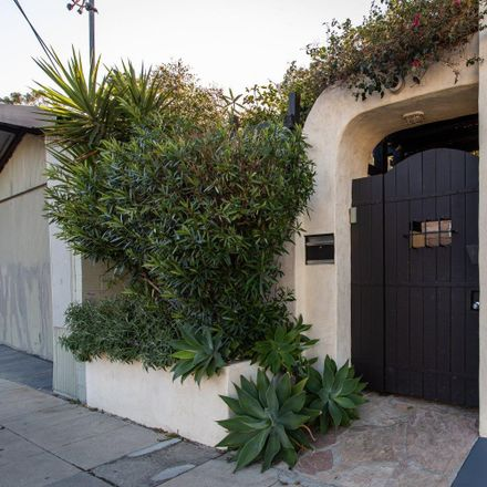 Rent this 0 bed apartment on Hyperion Avenue in Los Angeles, CA 90027-2526
