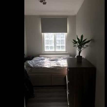 Rent this 1 bed room on London in South Hampstead, ENGLAND