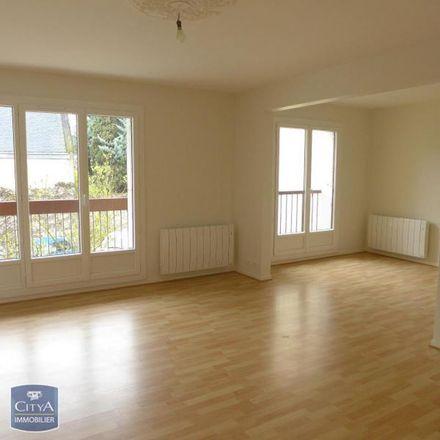 Rent this 2 bed apartment on 38 Rue du Comte de Mons in 37300 Joué-lès-Tours, France