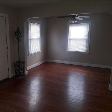 Rent this 2 bed house on Saint Xavier Ln in Saint Ann, MO