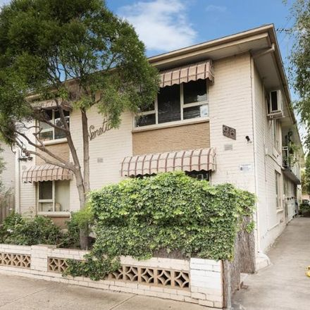 Rent this 1 bed apartment on 2/96 Glenhuntly Road