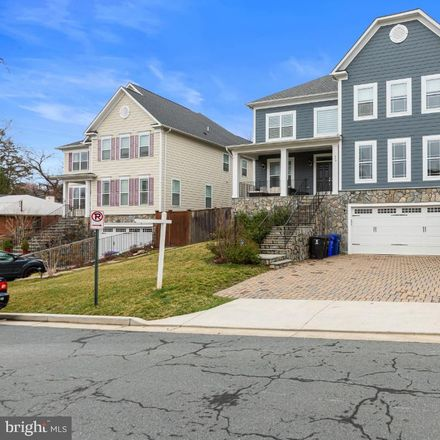 Rent this 6 bed house on 849 North Jacksonville Street in Arlington, VA 22205