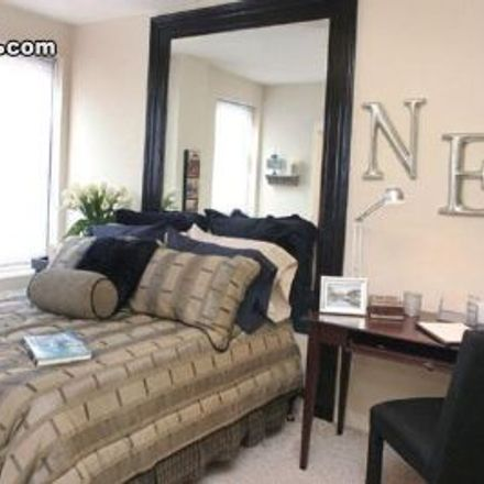 Rent this 1 bed apartment on 1123 West Irving Park Road in Chicago, IL 60613