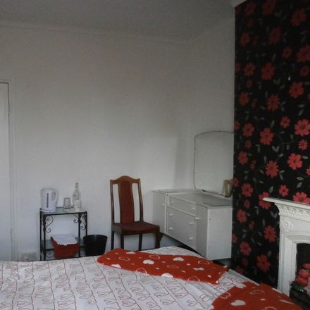 Rent this 3 bed house on City of Nottingham in Arnold and Carlton, ENGLAND