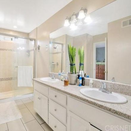 Rent this 3 bed condo on unnamed road in Los Angeles, CA 91343