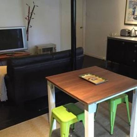 Rent this 1 bed apartment on 3/78 Jenner St