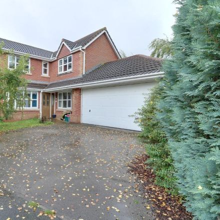 Rent this 4 bed house on Lytham Drive in Winsford CW7 2GH, United Kingdom