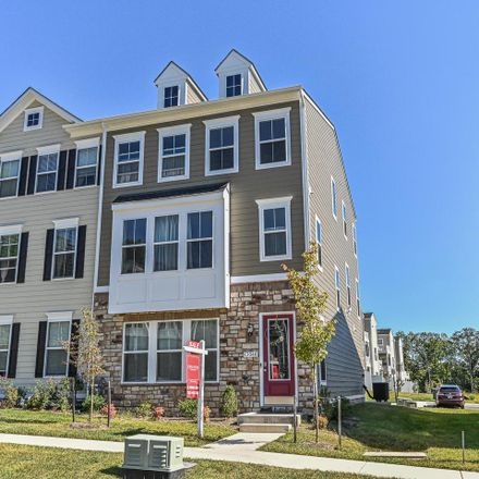 Rent this 3 bed townhouse on Jessica Ct in Vienna, VA