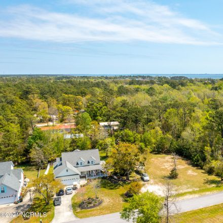 Rent this 0 bed apartment on 167 Yacht Club Dr in Newport, NC