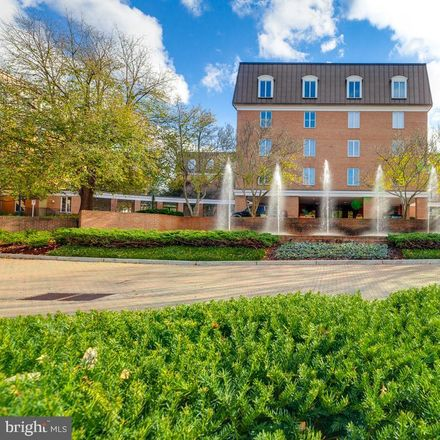 Rent this 3 bed apartment on 8101 Connecticut Avenue in Bethesda, MD 20815