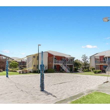 Rent this 1 bed house on Unit 22/8 Varsityview Ct