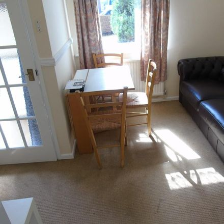 Rent this 5 bed house on Battery Hill in Winchester SO22 4BY, United Kingdom