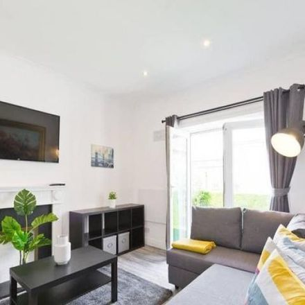 Rent this 1 bed apartment on Tops in Pops in 2 Gardiner Street Middle, Rotunda A ED