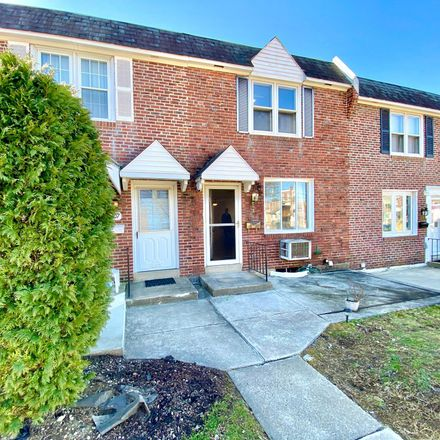 Rent this 3 bed townhouse on 309 Park Dr in Glenolden, PA