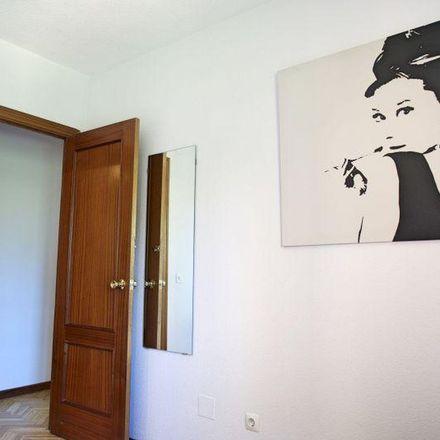 Rent this 1 bed apartment on Farmacia - Calle Isla Malaita 7 in Calle Isla Malaita, 7