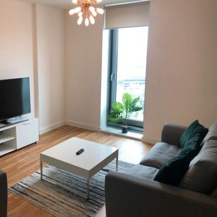 Rent this 3 bed apartment on Michigan Point Tower B in 11 Michigan Avenue, Salford M50 2HG