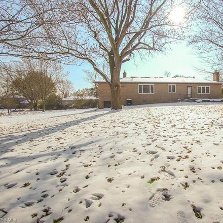Rent this 3 bed house on 725 Simich Drive in Seven Hills, OH 44131