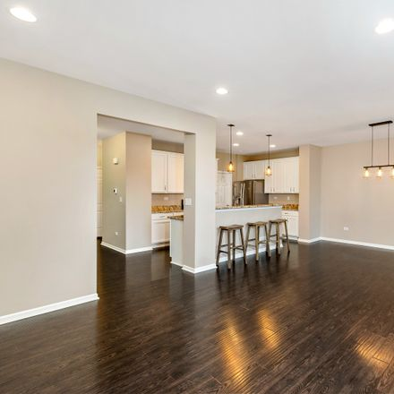 Rent this 3 bed townhouse on 1017 Ravendale Court in Naperville, IL 60540