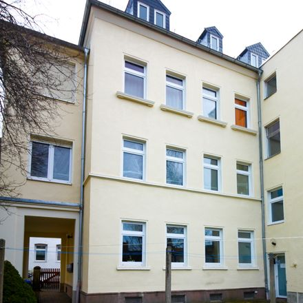Rent this 3 bed apartment on Jahnstraße 13 in 08371 Glauchau, Germany