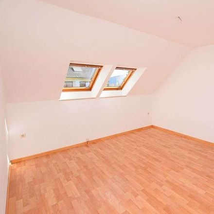 Rent this 3 bed loft on Hanover in Groß-Buchholz, LOWER SAXONY