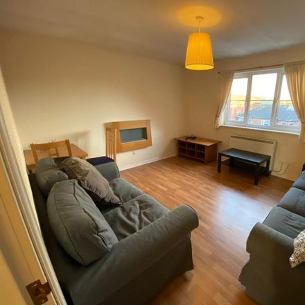 Rent this 2 bed apartment on The Scotsman Bar in 94 Main Street, Glasgow G40 1HD