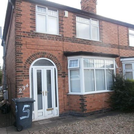 Rent this 5 bed house on Queens Road Medical Centre in Queens Road, Leicester LE2 3FL