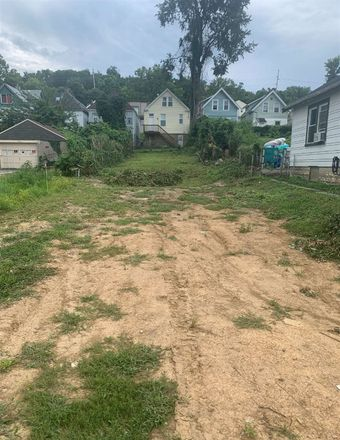 Rent this 0 bed house on 1210 4th Avenue in Dayton, Campbell County