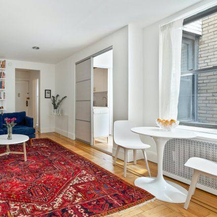 Rent this 1 bed condo on 925 Union Street in New York, NY 11215