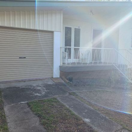 Rent this 3 bed house on 13 THOMPSON STREET