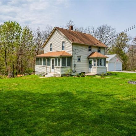 Rent this 3 bed house on 119 Miller Street in Plainfield, CT 06354