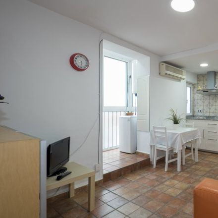 Rent this 2 bed apartment on La Rambla in 86, 80002 Barcelona