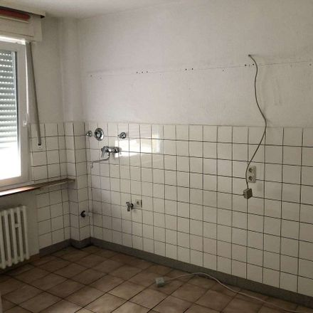 Rent this 3 bed apartment on Weberstraße 67 in 45879 Gelsenkirchen, Germany