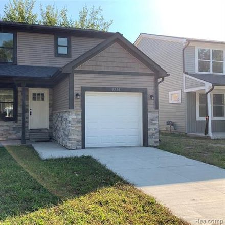 Rent this 3 bed house on 1226 East Bernhard Avenue in Hazel Park, MI 48030