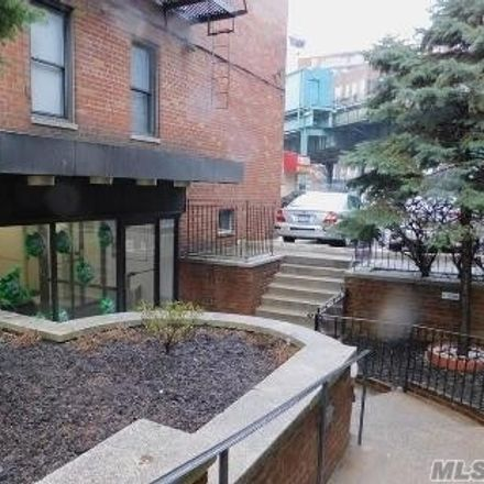 Rent this 1 bed condo on 1725 Edison Avenue in New York, NY 10461