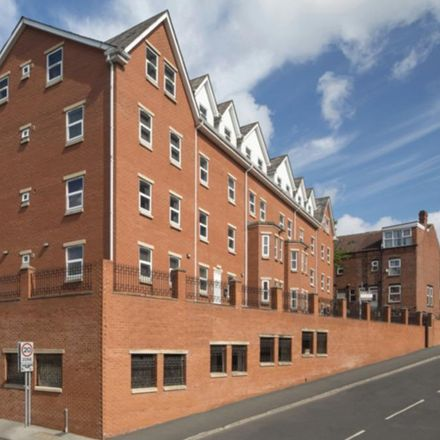 Rent this 4 bed apartment on Hartwell Road in Leeds LS6 1PX, United Kingdom