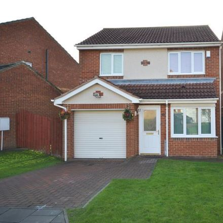 Rent this 3 bed house on Stapleford Close in Newcastle upon Tyne NE5 2NR, United Kingdom
