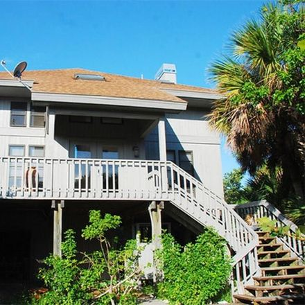 Rent this 3 bed house on Gulf Bend Dr in Captiva, FL
