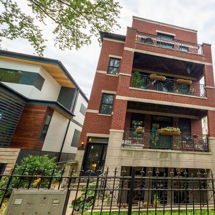 Rent this 3 bed condo on 6100 North Hermitage Avenue in Chicago, IL 60660