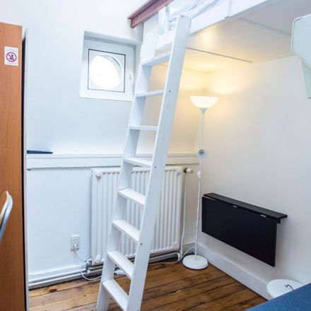 Rent this 0 bed apartment on Rue de l'Association - Verenigingstraat 44A in 1000 Ville de Bruxelles - Stad Brussel, Belgium