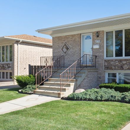 Rent this 3 bed house on 3753 North Oak Park Avenue in Chicago, IL 60634